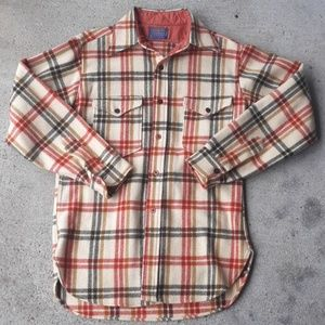 PENDLETON VINTAGE WOOL MADE IN OREGON NEVER WORE